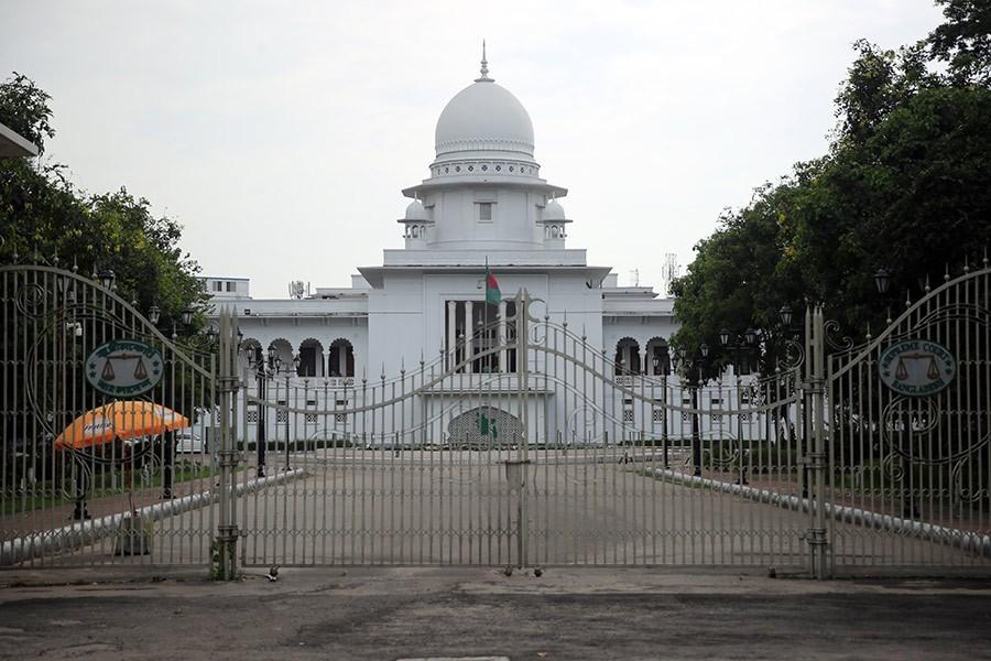 Bangladesh court declares gambling illegal