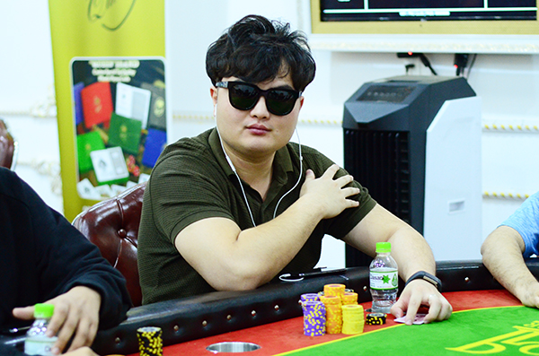 Choi Eng Loong leads APT Vietnam ME Day 1C 5 Indians progress