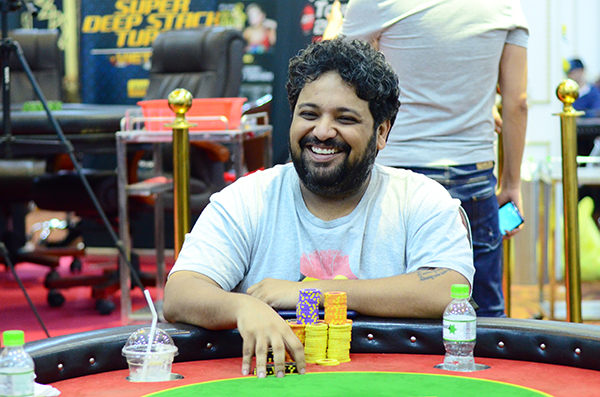 Dhaval Mudgal on final table of APT Vietnam Championships Event