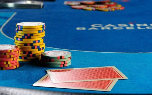 Here are some tips on improving your pre-flop game in online and live poker.