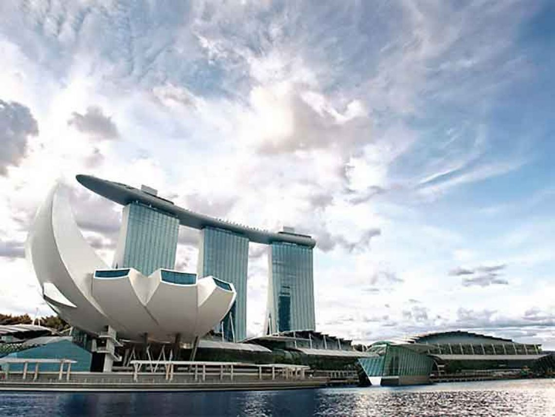 Singapore casinos closed for a month amid COVID-19 fears