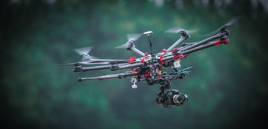 Drones used to complete gambling den bust