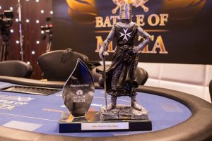 5 of the Most Epic Trophies in Poker_6
