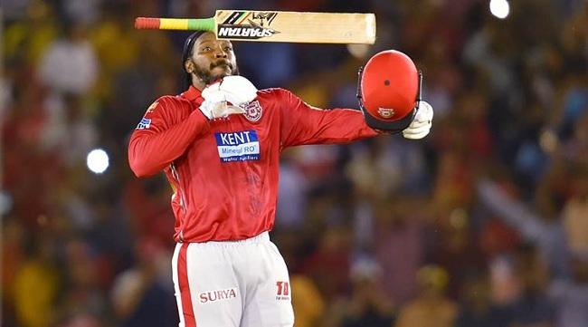 Chris Gayle Scores 1st Century of IPL 2018