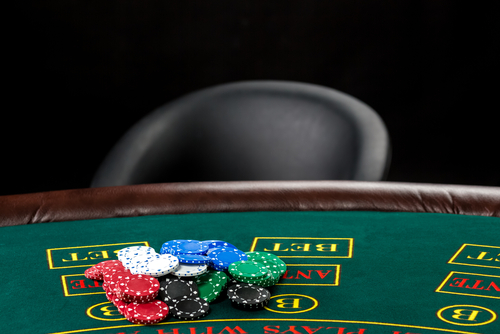 Does Online Poker Take Away Skill From a Live Players Game