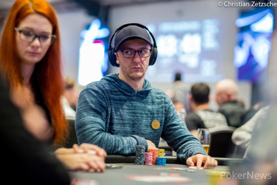 Kahle Burns leads Day 1B of the WSOPE Main Event