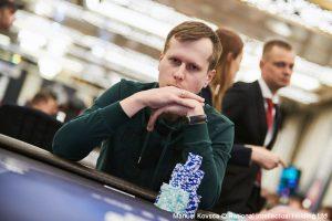 Kartik Ved on EPT Sochi National Final Table