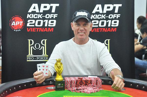 Michael Kim Falcon wins APT Vietnam Monster Stack 1