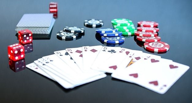 Superstitious poker players