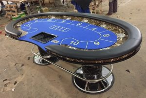 Top 10 Christmas Gifts for Poker Players in India_2