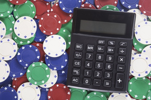 What Makes you a Better Poker Player Math or Gut