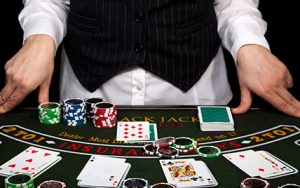 Big Stack University Tips - 10 things to know about Texas Hold'em