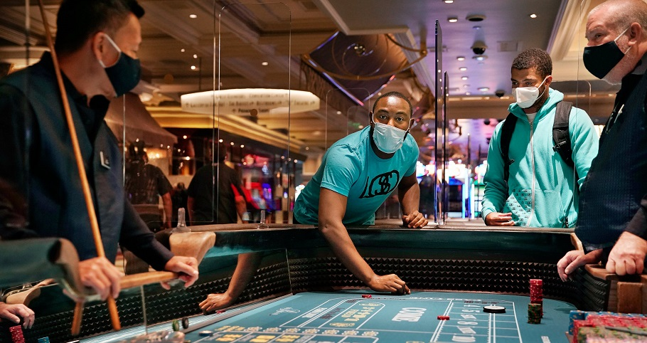 Casino visitors being paid $20 for wearing mask in Las Vegas