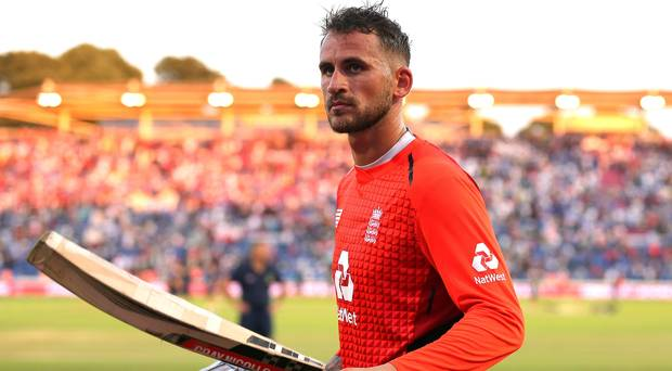 Alex Hales takes England past India in second T20