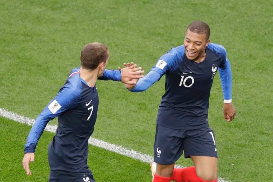 France secure another 3 points in 2018 WC