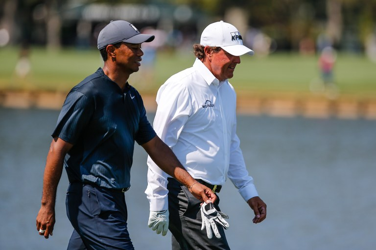 Tiger Woods and Phil Mickelson to play for $10 million