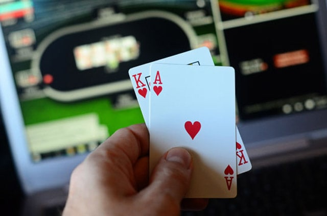 Tips for becoming a Better Online Poker Player
