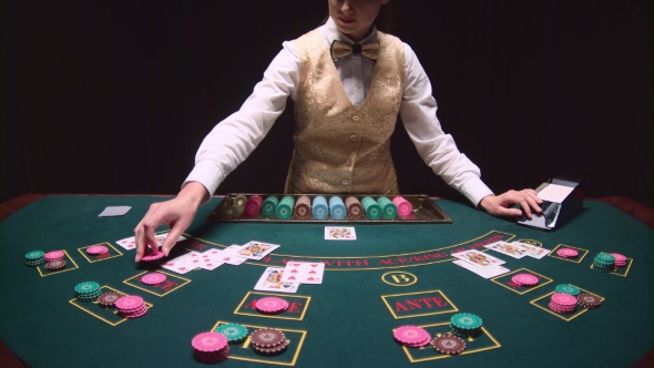 Tips on Poker from Dealers