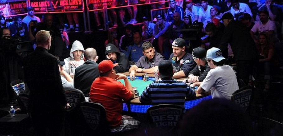 Big Stack University: Poker Tournament Tips for Beginners