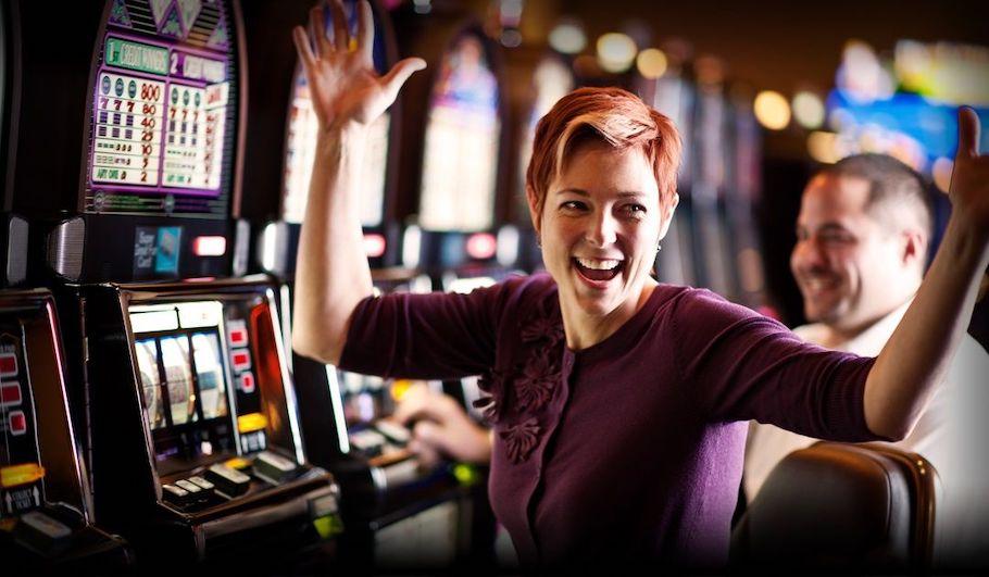 $5 bet turns into record $3.8 million jackpot at Seminole Hard Rock