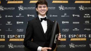"VaynerGaming signs 2019 Fortnite World Cup champion Kyle ""Bugha"" Giersdorf"