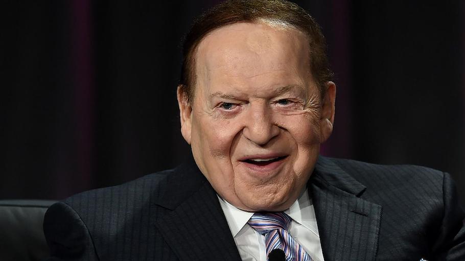 Mystery Man Sheldon Adelson Joins Bidding for Mets