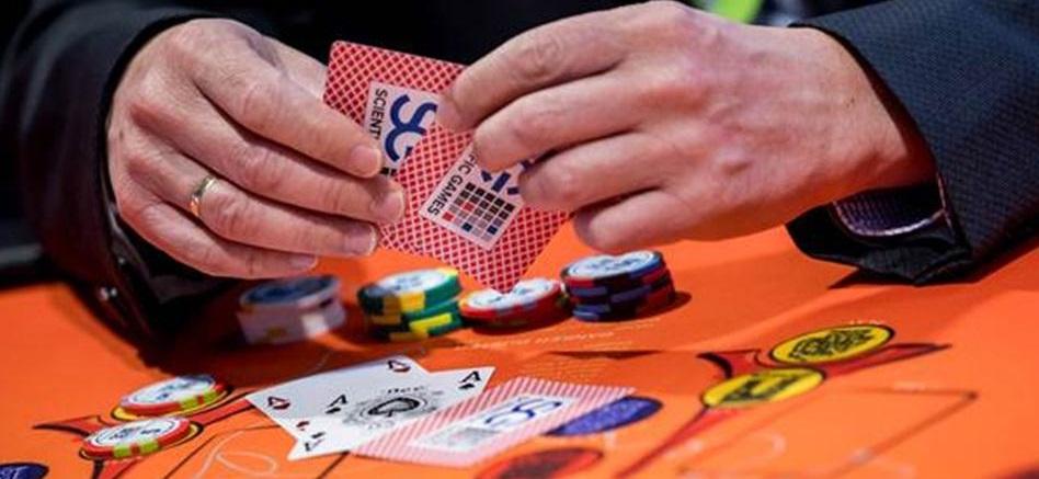 Ex BJP MLA Kiran Kandolkar's flat raided and gambling props seized