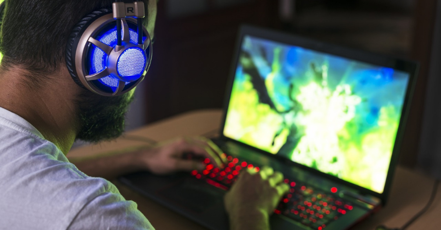 CES 2021: Top 5 Gaming Laptops For Heavy Duty Video Games