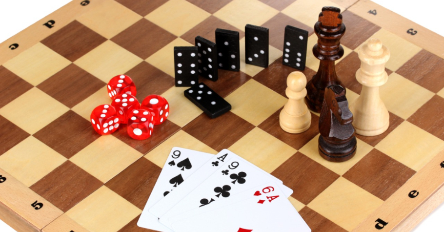 Top 5 Players Who Excel In Poker And Chess'