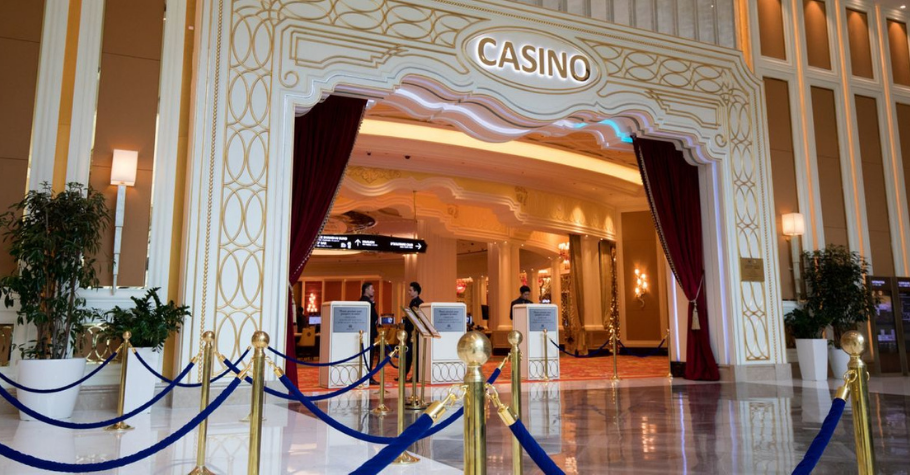 Woman Employee Suspected in South Korea's Landing Casino $13 Million Cash Heist