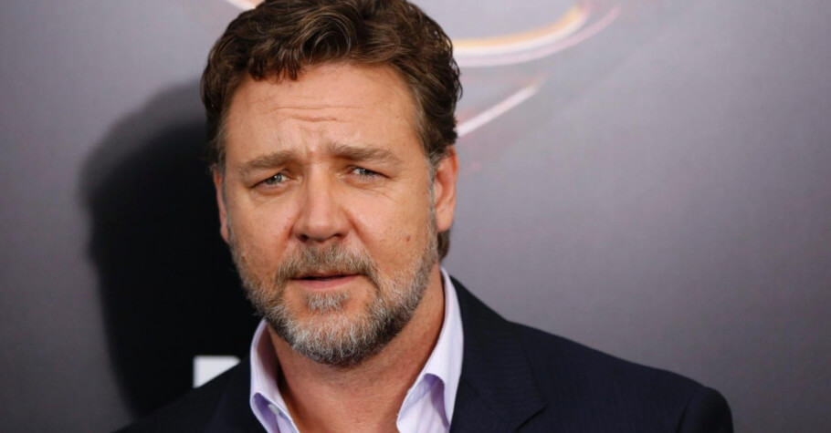 Russell Crowe To Star In Upcoming Movie Called Poker Face
