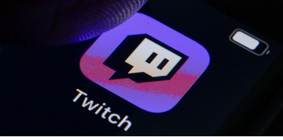 Twitch has apparently removed the 'hot tub' comments from its official channel chat. According to reports, the users are unable to type the phrase 'hot tub' in the channel's official chat. Many suspect that the phrase is being removed by moderators.