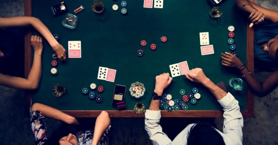 Cash Live Poker, launched by a start-up based in Vancouver has started live-streaming game shows which feature live-dealer tournaments, giving players the feel of a live poker tournament.